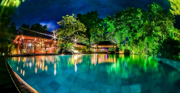 FARM-acquabar_pool_nightshot-1