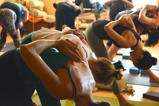 yoga-fitness-groups